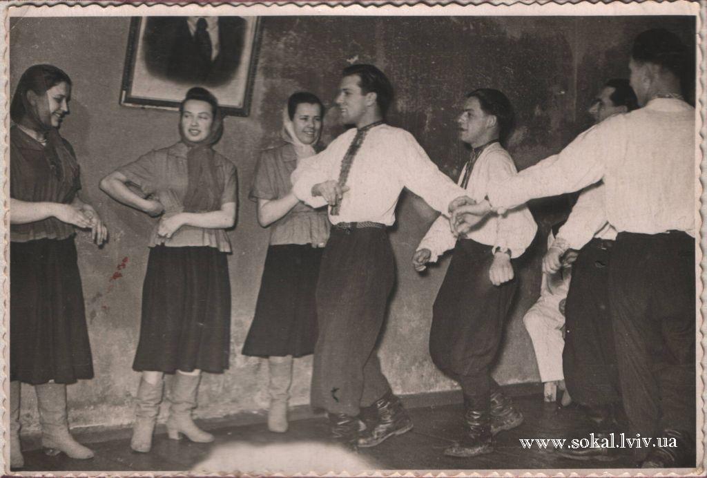 м.Сокаль, Учасники танцювального колективу Народного Дому