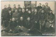 Курс пасічниківІІ ряд 3 зліва керівник п.Теодор Вибранець (по спеціальності вчитель)