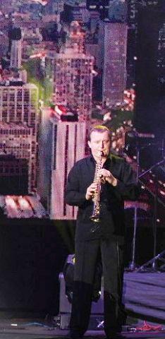 Григорій Чепелюк, лауреат міжнародних  конкурсів, концертуючий професійний музикант.Наша гордість