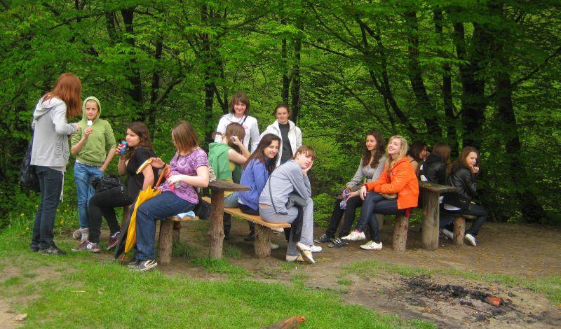 м.Сокаль, в квітні-травні цього року наші учні в рамках проекту українсько-польського обміну молоді перебували 10 днів у Польщі(м. Радечніца)Цей привал ми заслужили, подолавши 20-кілометровий маршрут...