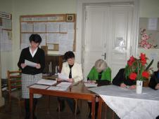 Під час засідання атестаційної комісії (заст. дир. Г.В. Піддубчишин зачитує характеристику