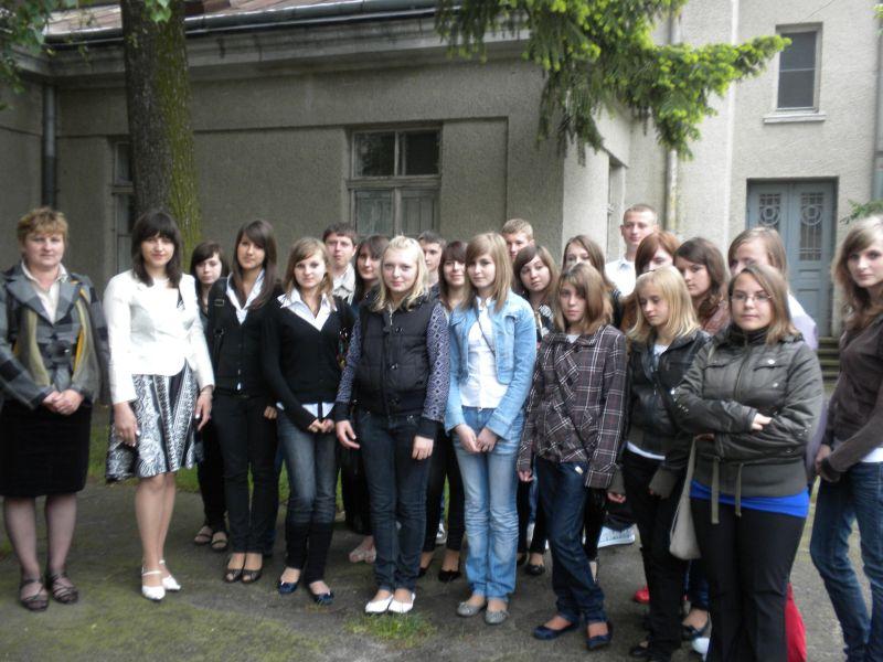 м.Сокаль, в квітні-травні цього року наші учні в рамках проекту українсько-польського обміну молоді перебували 10 днів у Польщі(м. Радечніца)А ще разом святкували Свято останнього дзвоника і Випускний бал