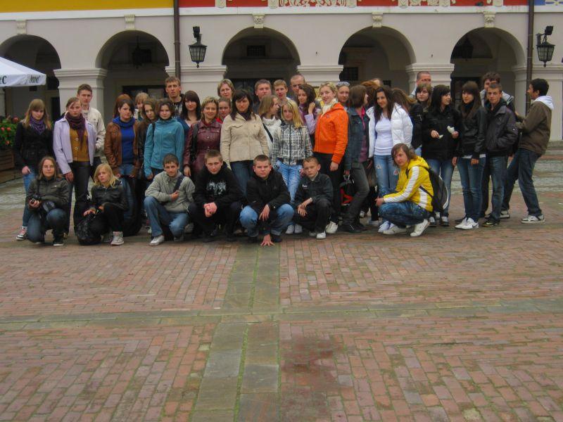 м.Сокаль, в квітні-травні цього року наші учні в рамках проекту українсько-польського обміну молоді перебували 10 днів у Польщі(м. Радечніца)Ми розлучилися, але на цьому крапки не ставимо…