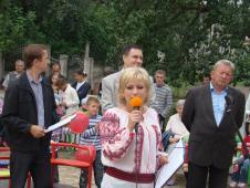 Дитячий майданчик – для родинного дозвіллявиступ директора Сокальської АРР Костюк Г