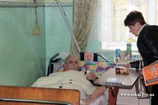 Головний лікар Сокальської ЦРЛ та волонтери Асоціації інвалідів відвідали Хоспіс в Угнові